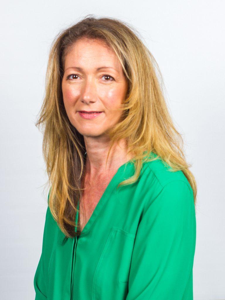 Mrs S Quickenden